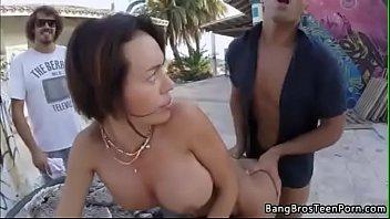 Franceska Jaimes' Public Anal Fuck