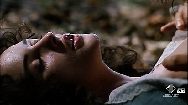 Monica Bellucci naked & sex scene Briganti Amore e Libertà