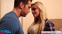Blonde babe Mia Malkova gets facialized