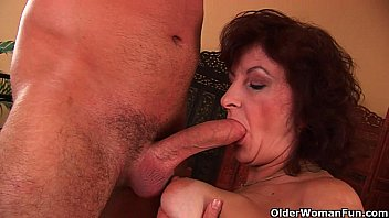 Grandma with big tits and hairy pussy gets facial