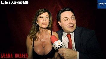 Luana Borgia gives a blowjob lesson for Andrea Diprè