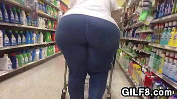 Candid Of A Granny With A Huge Butt