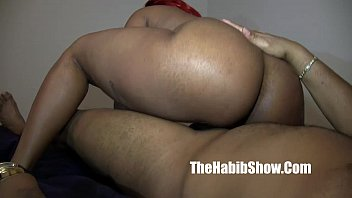 thick red carmel cakes phat booty banged hard she cummin on BBC