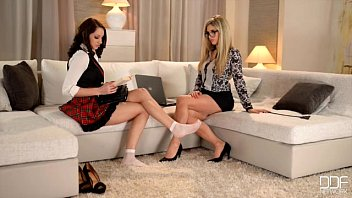Gorgeous Lesbians in Foot Fetish Action