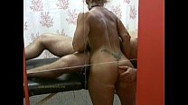 Masseuse uses her skills to satisfy naked client's horny desire