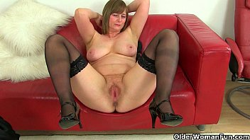 British milfs April and Red take a masturbation break