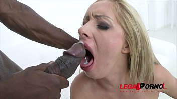 Melanie Gold 3on1 anal & DP SZ1030