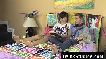Movie porno gay gratis Jae Landen and Keith Conner are just friends