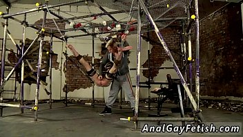 Muscle fucks twink emo The dangled dom has a need to wank out the