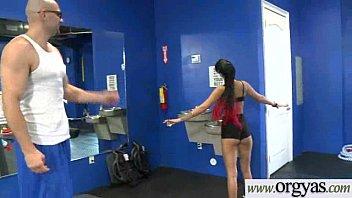 Cute Girl (Tessa Arias) Get Cash To Perform Sex On Cam video-28