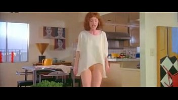 Julianne moore bottomless and showing her red bush