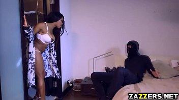 Kiki Minaj mouth stuffed with a big cock and swallow it