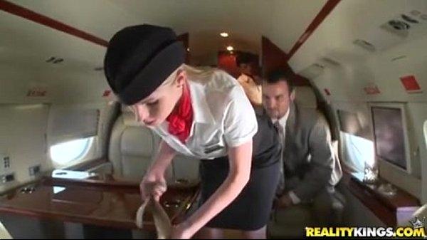 private-pleasures-big-voodoo-ariella-ferrera-aimee-addison-240p-400