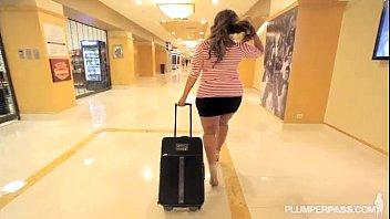 Lusty Curvy Latina Sofia Rose Gets Massage from Hotel Stud