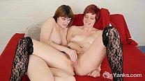 Lesbians Sosha And Aurora Fingering Pussies