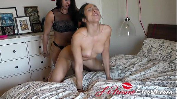 Lesbian Escort - Maria and new client