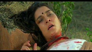 Anita Ayub in Hindi Movie Gangster