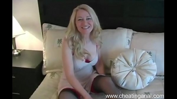 Sexy Cheating Wife Has Anal Sex - www.cheatinganal.com