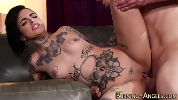 Emo alt babe gets fucked