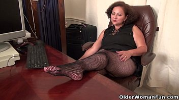 BBW milf Marie Black gets naughty in fishnets