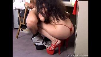 Lovely mature latina old spunker gives a super hot blowjob