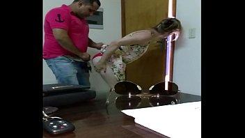 Sexo no escritório https://luxuriaseprazer.blogspot.com