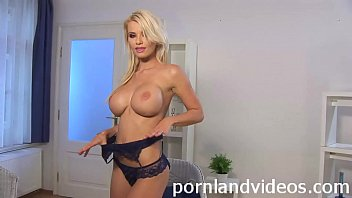 hot blonde Helena fucking her pink pussy with toy