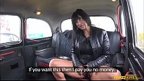 Slutty brunette chick Tera sucks and fucks hard inside the taxi