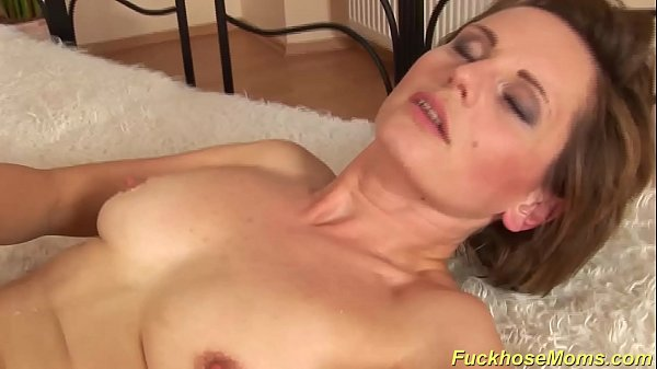 hairy mom gets a strong dick 12 min