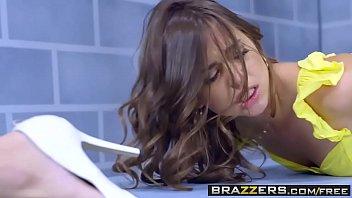 Brazzers - Brazzers Exxtra - Licking Locked Up scene starring Elsa Jean Riley Reid and Jean Val Jean 8 min