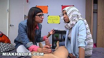 BJ Lessons with Big Tits Arab Queen Mia Khalifa