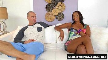 RealityKings - Milf Hunter - Annette Worth Sean Lawless - Worth It