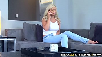 Brazzers - b. Got Boobs - Kylie Page and Keiran Lee - Bad b.sitter