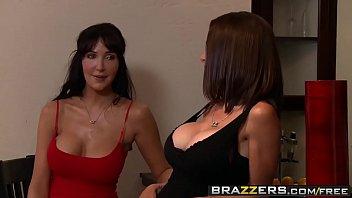 Brazzers - Milfs Like it Big - McKenzie Lee and Keiran Lee - Texas Fuck Em