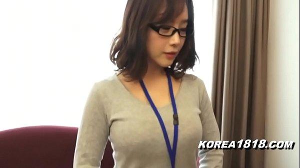 KOREA1818.COM - Hot Korean Girl wearing Glasses