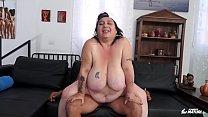 SCAMBISTI MATURI - Italian BBW newbie fucked by y. dude got cum on pussy