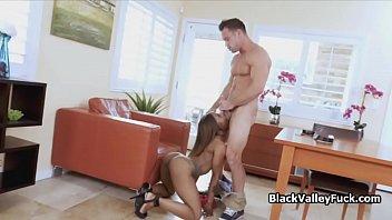 Black chicks deepthroats big white dick
