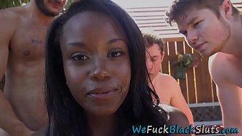 Black hottie gets bukkaked