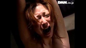 MILF slave Yuria Misaki was whipped to faint