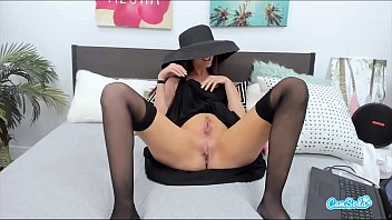 Milf With Two Pussies Squirts All Over StepSon's Bed