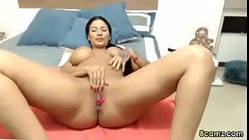 Big Boobs MILF fingering her wet pussy (8camz.com)