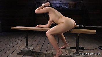 Pear shaped ass babe fucks machine