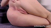 Pussy Closeup - Luna Ora gapes her pussy while fingering her ass