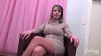 Marion jolie blonde enceinte sodomisée en trio avec son mari