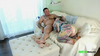 ALT tattooed big ass tattooed babe sucks dick, rims ass and gets fucked hard before getting a load of cum inside her 2 min