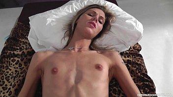 Tall skinny beauty Sindy Vega facialized 10 min