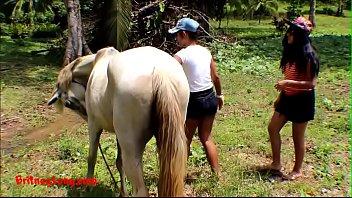 (Onlyfans.com/heatherdeep) Real amateur teens heather deep and girlfriend LOVE HORSE COCK