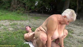 busty 69 years old bbw grannie outdoor banged