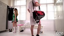 Luscious cheerleader b. Nicols gives hot blowjob in the locker room