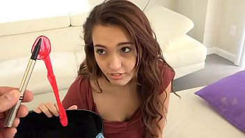 Daddy can't help himself but fuck his dumb stepdaughter